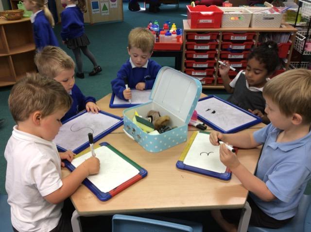 eyfs ashleigh primary school nursery. Black Bedroom Furniture Sets. Home Design Ideas